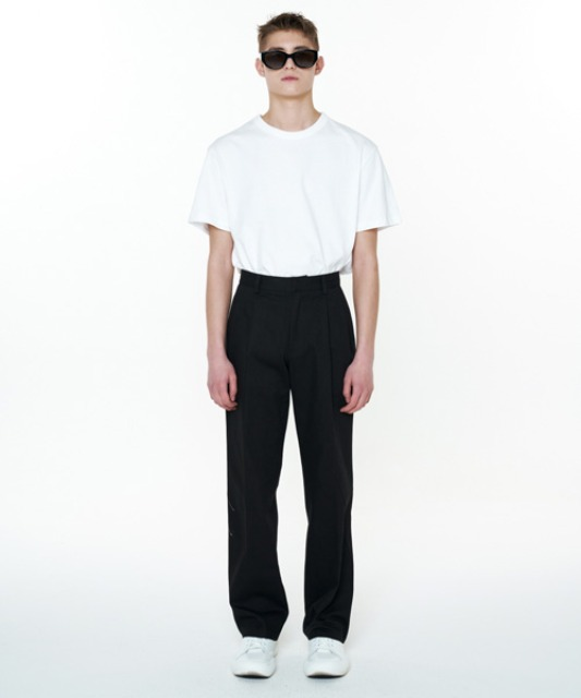 [에스티유] Two tuck pants black