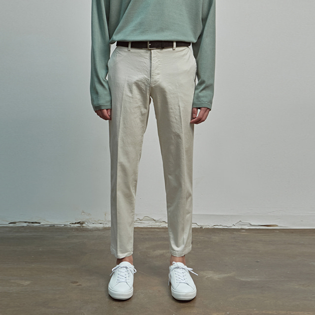 [에이글로우] COTTON RELAXED FIT PANTS_CREAM