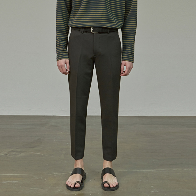 [에이글로우] MODERNITY STRAIGHT SLACKS_BLACK