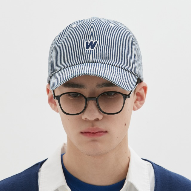 [위캔더스] DISTRESSED DENIM CAP (NAVY)